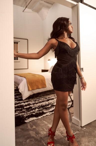 black ebony escort Memphis Nashville Birmingham Tupelo Chicago dinner date luxury companion worldwide international escort